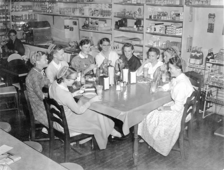 Snack Shop opens in 1940s