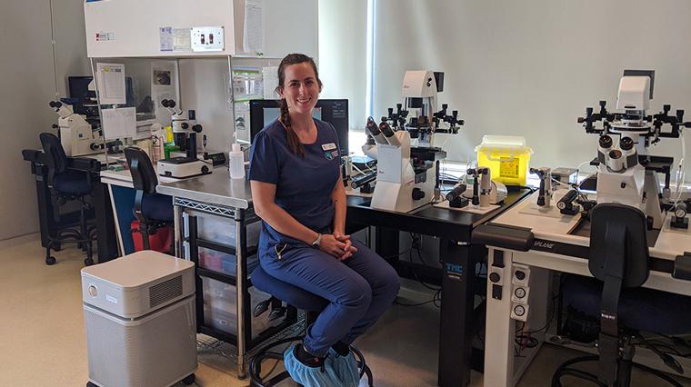 Embryologist Sarah Jones '08 helps hopefuls become parents