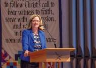 20160420-Chapel-Address-President-Susan-Huxman--082