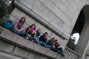 Johnathan, Hattie, Brittany, Malika, Emma, and Derrick at Sun Yat-Sen's tomb   photo by Dylan Bomgardner