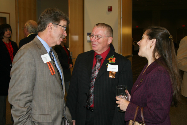 Phil Helmuth (center)