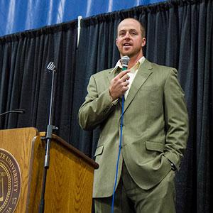 EMU graduate Erik Kratz