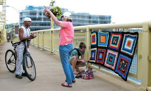 knit_the_bridge_2_web