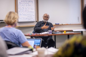 Hizkias Assefa teaching a course on forgiveness and reconciliation at the 2014 Summer Peacebuilding Institute.
