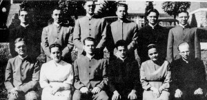 Amos Yoder (top row, second from right) with classmates in 1954.