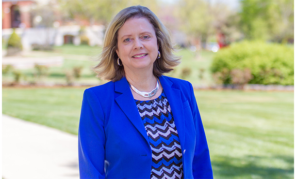 Presidents joint letter in the mennonite affirms mennonite higher eastern mennonite university president susan schultz huxman has joined the four other leaders of mennonite colleges and universities in a joint letter to spiritdancerdesigns Gallery