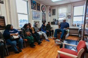 20170116-tyrone-spragues-barbershop-visit-3