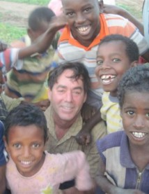 Gary and kids in Ethiopia 8-10