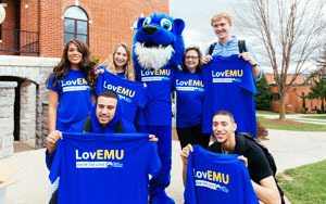 Students and mascot